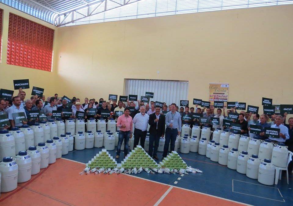 Guaranésia contemplada com Kits de melhoria genética