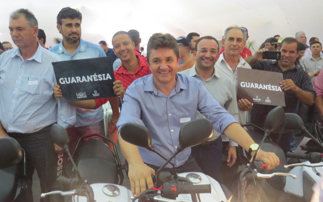 Guaranésia é contemplada com 01 moto 0km