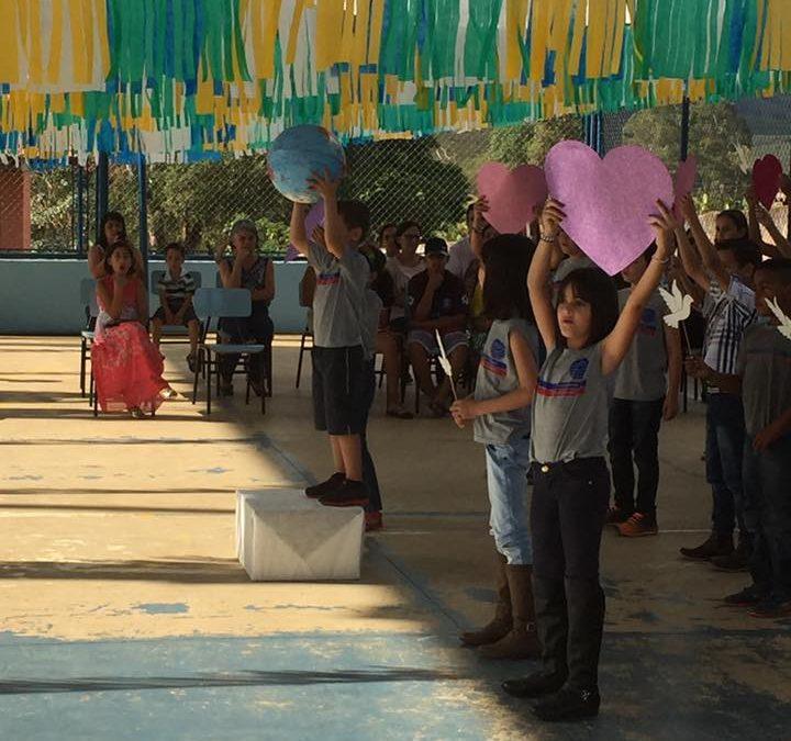 Escola Estadual Geraldo Ribeiro Dias inaugura quadra esportiva