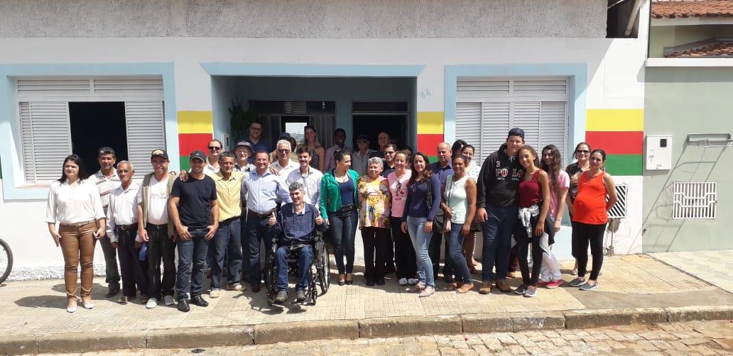 CASA DE APOIO AOS MORADORES DE SANTA CRUZ DA PRATA E DA ZONA RURAL
