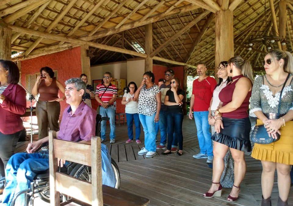 COMEMORAÇÃO AO MÊS DAS MÃES LEVA PARTICIPANTES DO CCI/CRAS A ALFENAS/MG